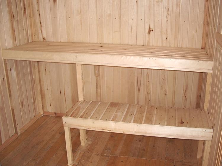 Мыться нужно в комфорте, или Как выглядят полки и полок в бане, которые изготовили своими руками