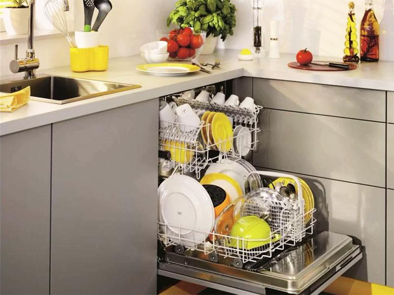 Посудомоечная машина – обязательный прибор в кухне американского дома