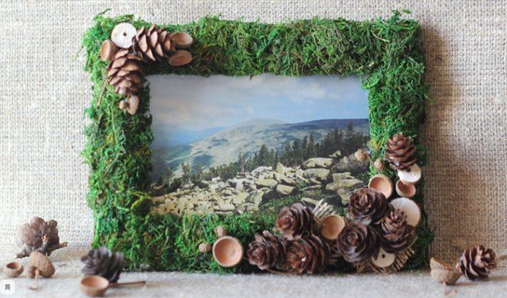 Для декорирования фоторамки можно также использовать мох и сизаль