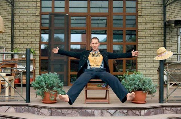 Где сегодня живёт многодетный отец Оскар Кучера: особенности его загородного дома