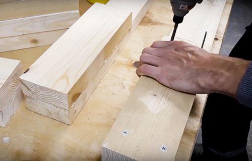 Как построить верстак своими руками без лишних затрат