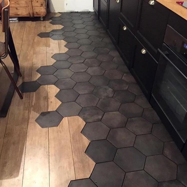 Чем больше помещение – тем крупнее должна быть плитка