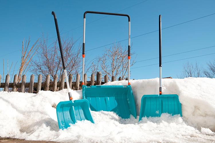 При таком выборе инвентаря необходимость мастерить для уборки снега лопату своим руками просто отпадает