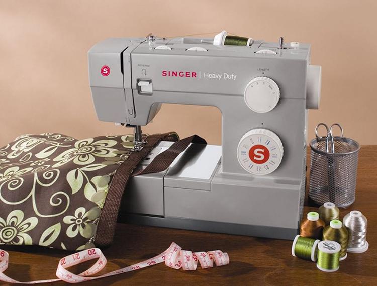Для работы потребуется стандартный набор швейного инструмента