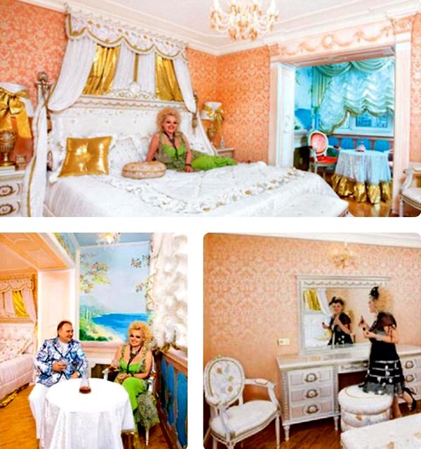 Спальня напоминает театральный интерьер