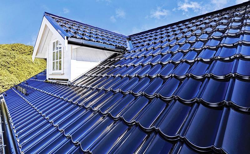 Тёмная крыша будет сильно нагреваться в летнюю жару