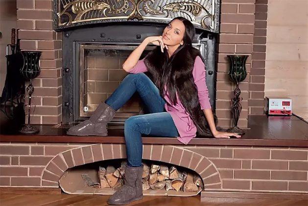 Роскошный дровяной камин создаёт особый уют и романтическое настроение прохладными вечерами