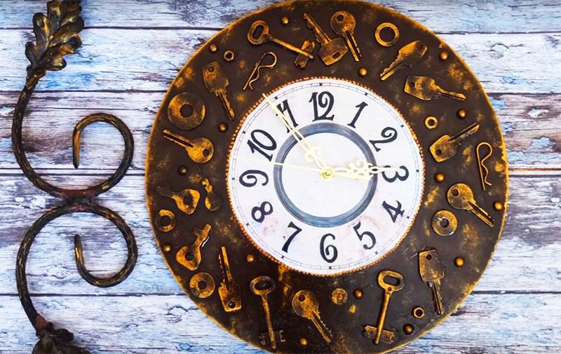 Результат, как вы сами видите, отличный. Такие часы великолепно впишутся в большинство классических стилей интерьера и станут изюминкой обстановки