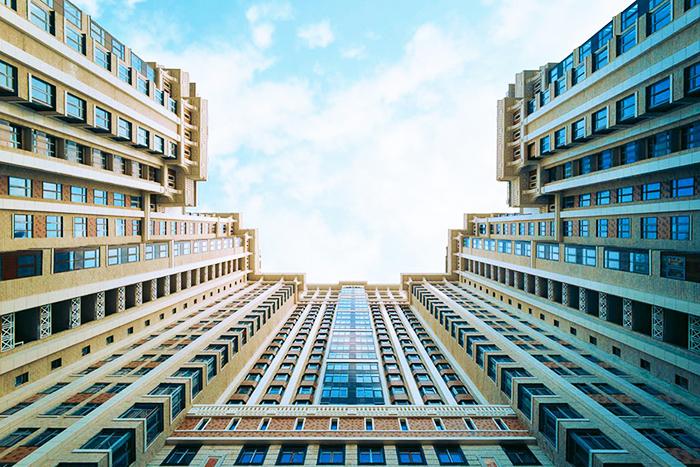 Величественный вид жилого комплекса весьма впечатляет
