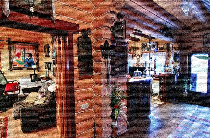 У входа на кухню вместо дверей поставили с двух сторон небольшие барные стойки