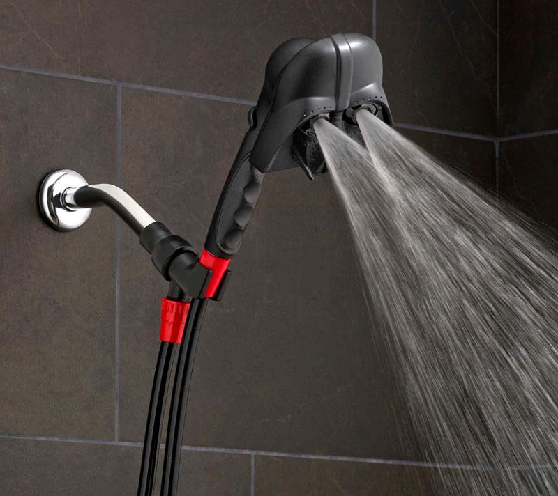 В такой дизайнерской ванне вы точно не забудете, что за вами наблюдают