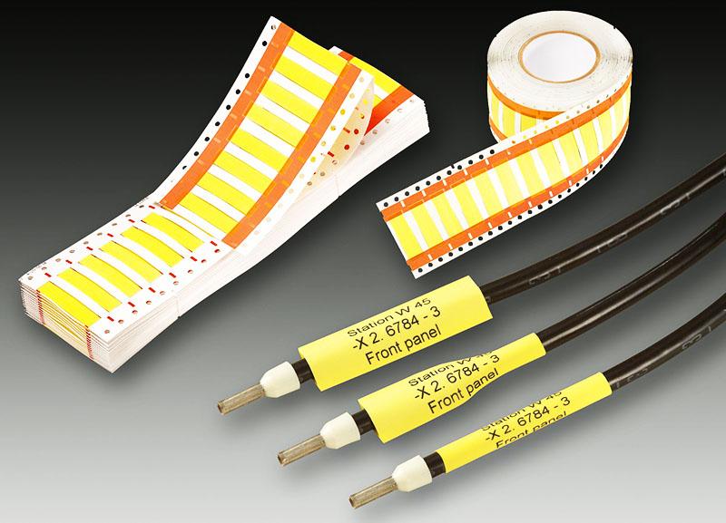 Для маркировки можно использовать специальные бирки, хотя подойдёт и цветная изолента
