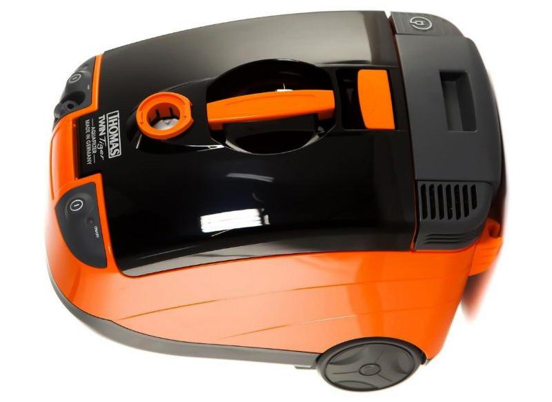 В дизайне бытовых моделей пылесосов «Томас» прослеживается один и тот же стиль