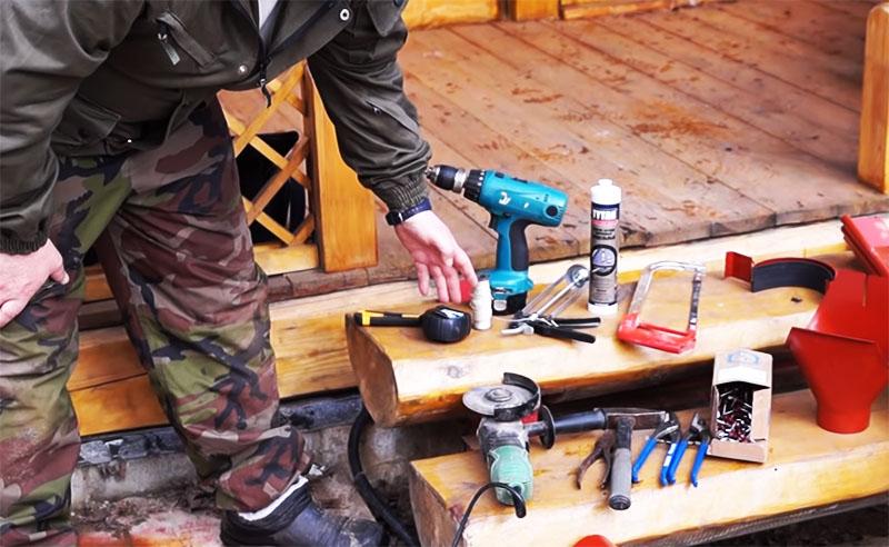 Инструмент и материалы следует подготовить заранее