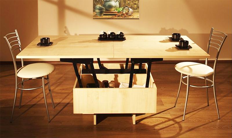 Низкий стол-трансформер легко превращается в полноценную обеденную зону