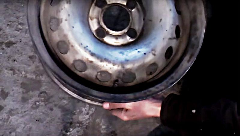 Буржуйка из старых дисков для гаража