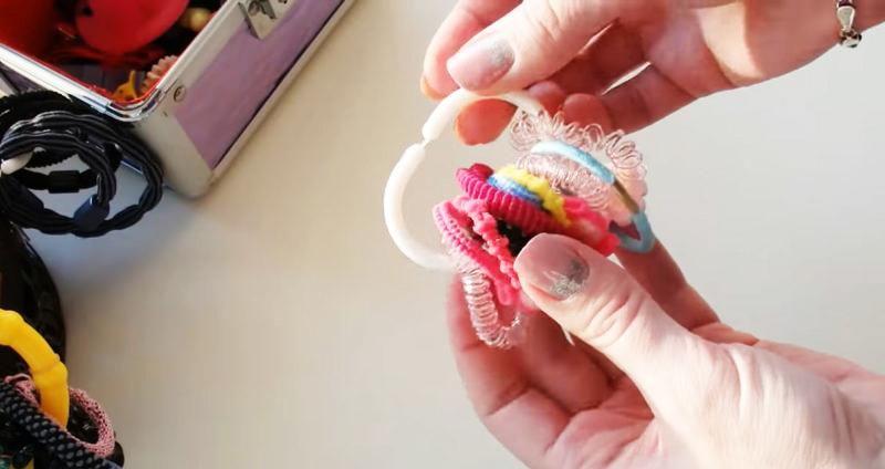 Неожиданные идеи использования обычных колец от ванной шторки