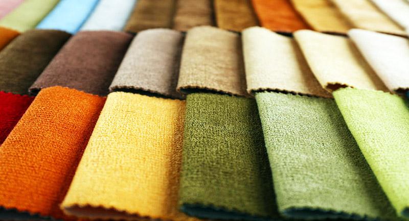Для обивки используют износостойкие ткани