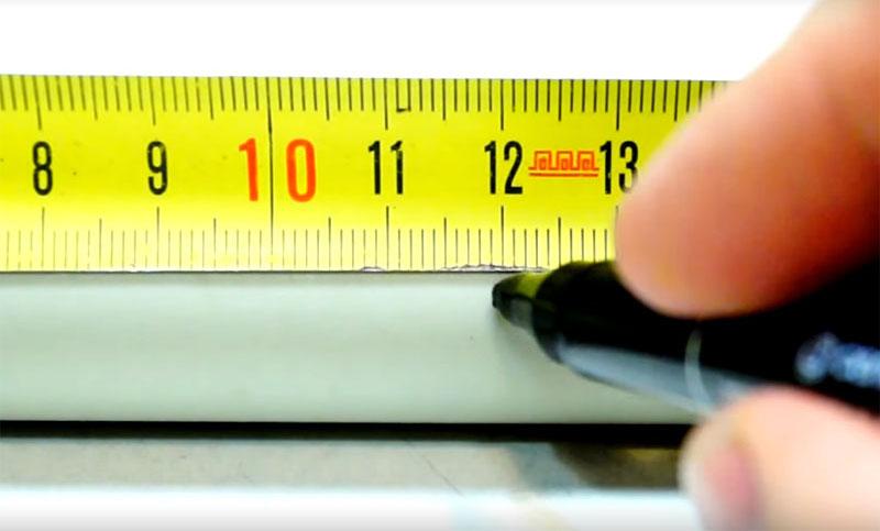 Длинные части опорной конструкции состоят из отрезков трубы того же диаметра длиной по 12 см