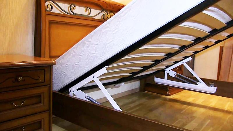 Пружинный механизм подъёма кровати нуждается в периодической замене силовых элементов