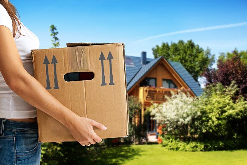Если есть возможность временного переезда, это лучше сделать