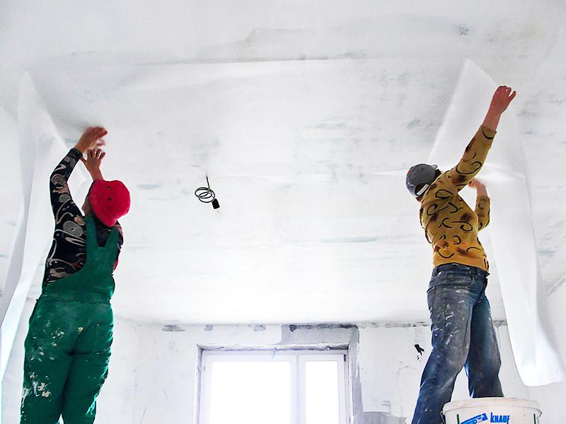 Полотна должны сохнуть в помещении без сквозняков при комнатной температуре