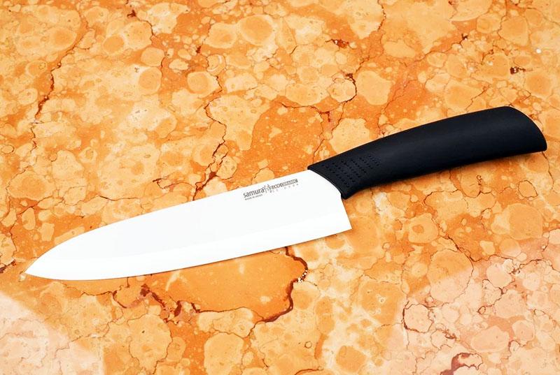 Циркониевые (керамические) ножи требуют особого ухода и довольно капризны в эксплуатации