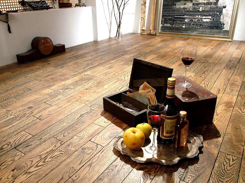 Ламинированная доска, имитирующая натуральную древесину