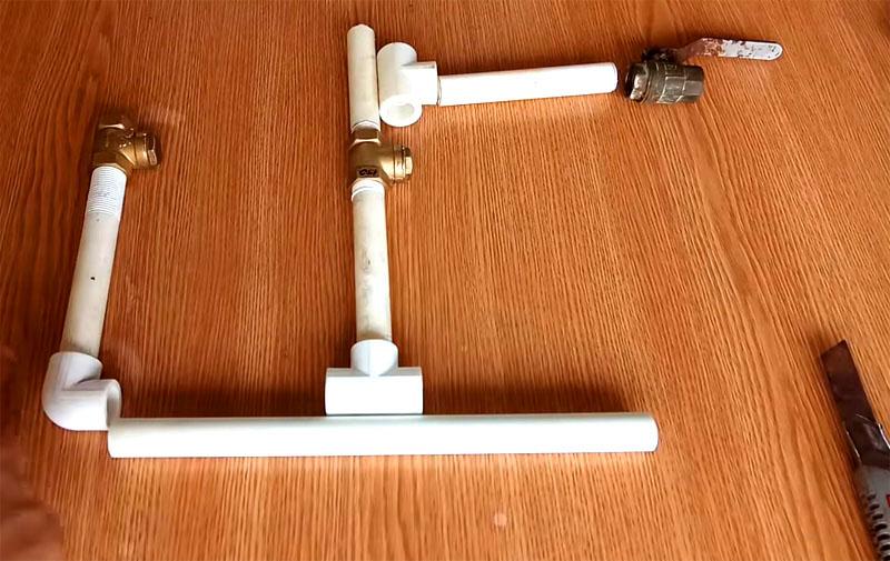 Элементы примерены, можно приступать к сборке гидротарана