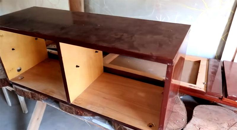 Гримёрный столик из старого трельяжа