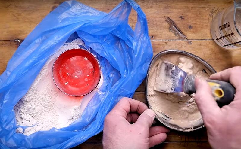«Кнауф» – популярная смесь, которая проста в приготовлении и может использоваться в качестве химического анкера