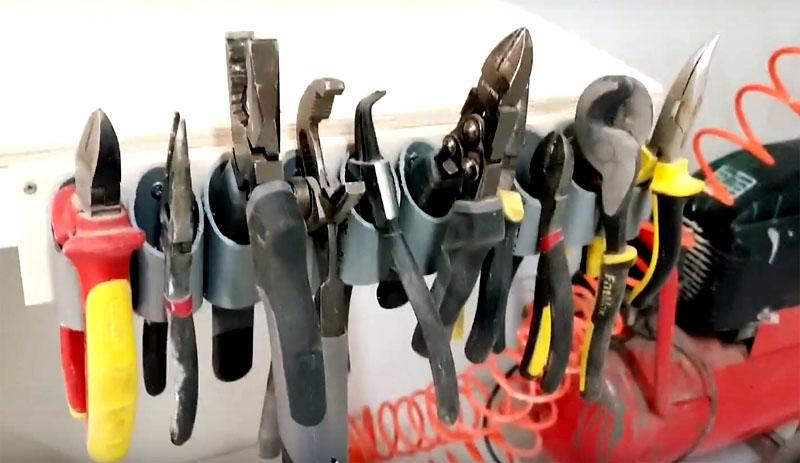 Инструменты будут надёжно зафиксированы в органайзере за одну из ручек, и у вас всегда будет к ним свободный доступ