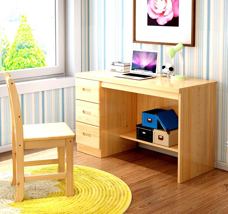 Красивый письменный стол из натурального дерева
