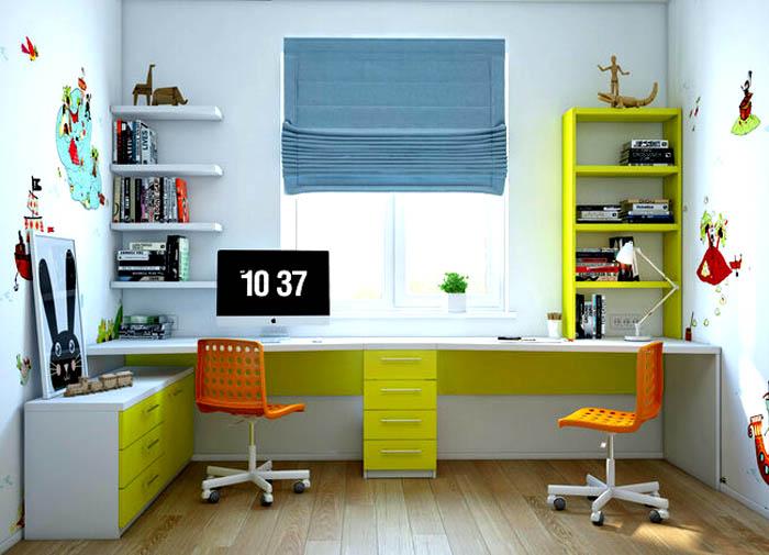 Стол для двоих у окна в детской комнате