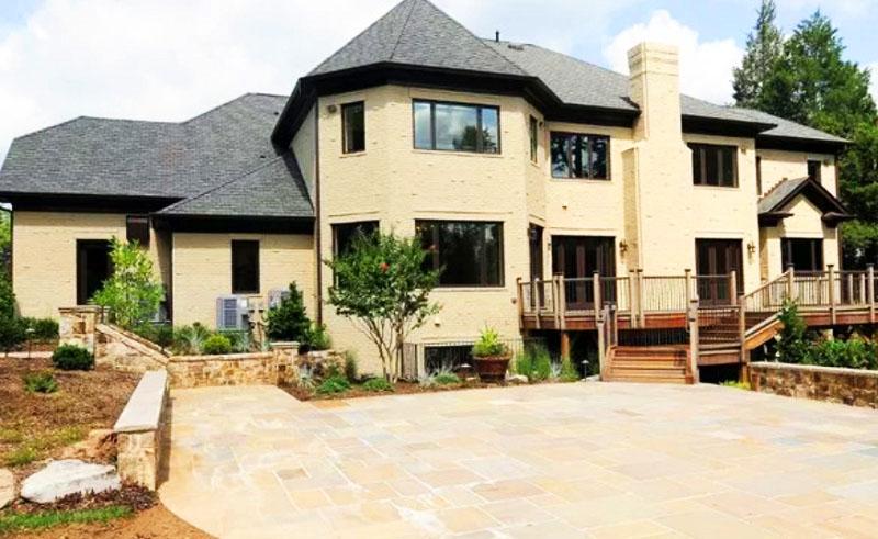 Стройка дома близится к завершению