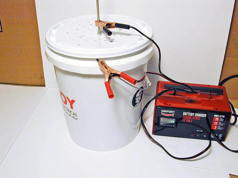 Комбинированное воздействие электротока и химического реагента