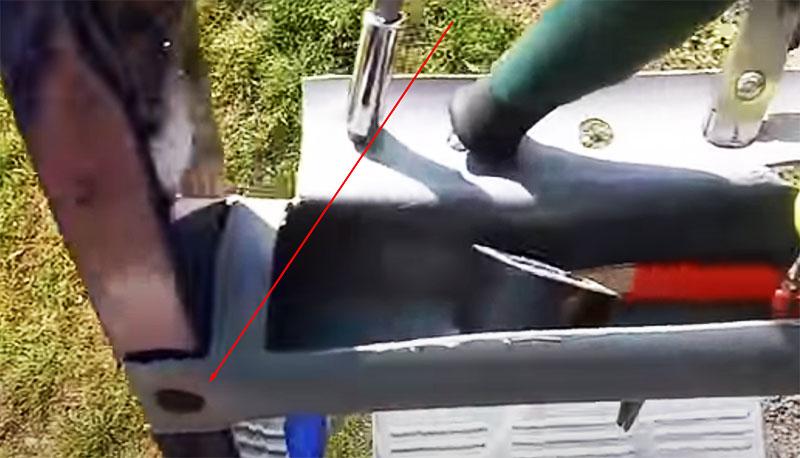 Доработка стремянки: удобный органайзер