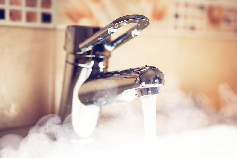 Без горячего водоснабжения очень некомфортно