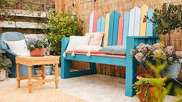 Летнее настроение в вашем саду: делаем деревянную скамью своими руками