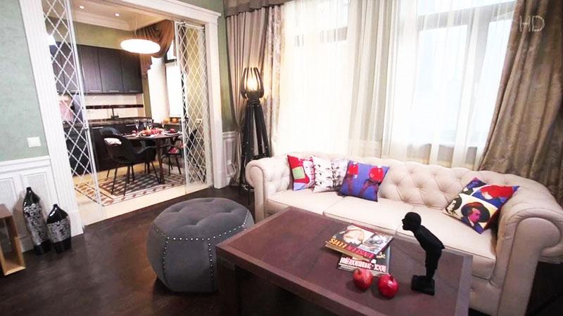 Неожиданный сюрприз поджидал Александра Панкратова-Чёрного, когда он стал делать ремонт в квартире