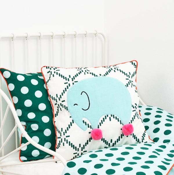 Отличная подушка для вашего ребенка, произведённая с заботой об экологии планеты