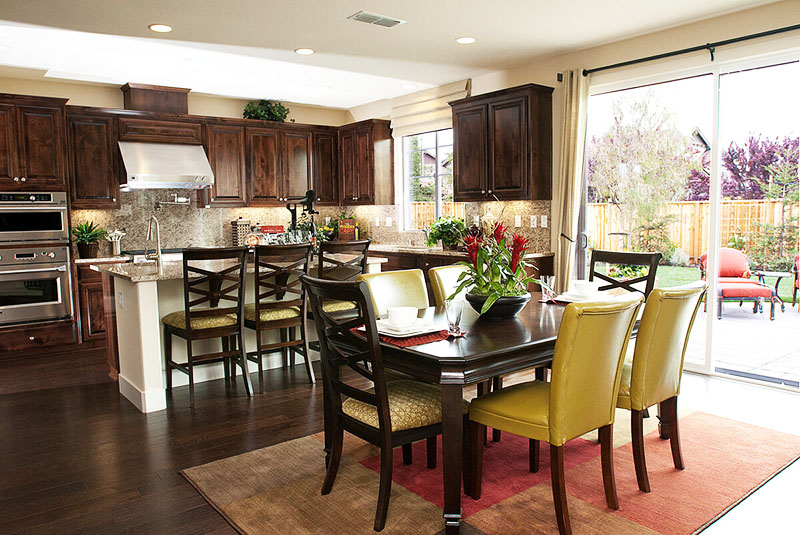 Как определить оптимальный размер кухонного стола