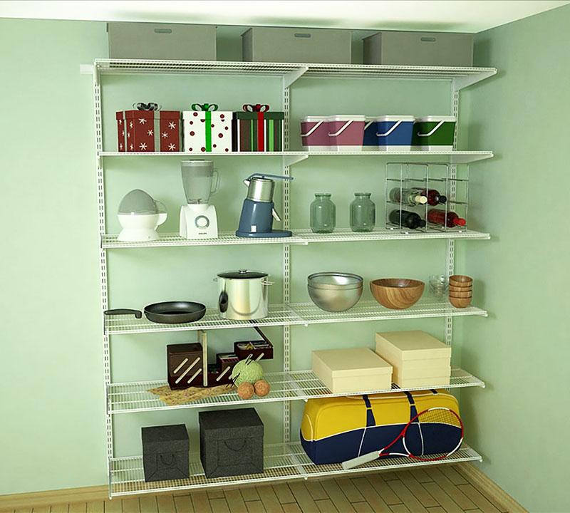 Система хранения позволяет быстро найти в кладовке нужную вещь