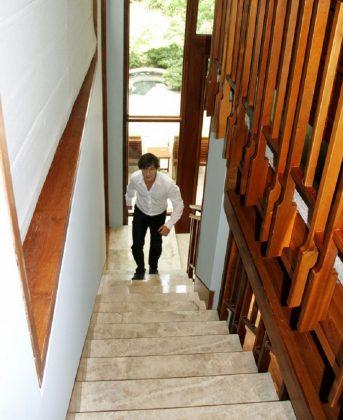 Вот как любят Витаса в Китае: уникальный дом уникального певца
