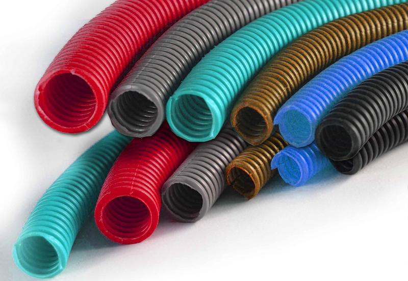 В зависимости от материала изготовления гофрированные трубы имеют свою окраску