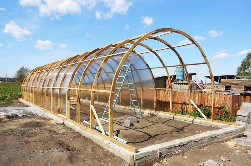 И строить её нужно именно сейчас, чтобы заложить плодородную землю и приготовить всё к будущему урожаю