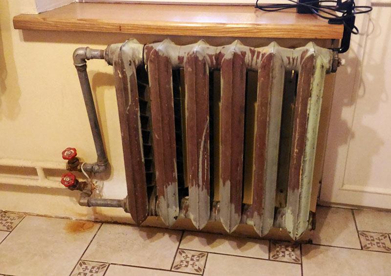 Водяной обогреватель для гаража из старого электрического чайника
