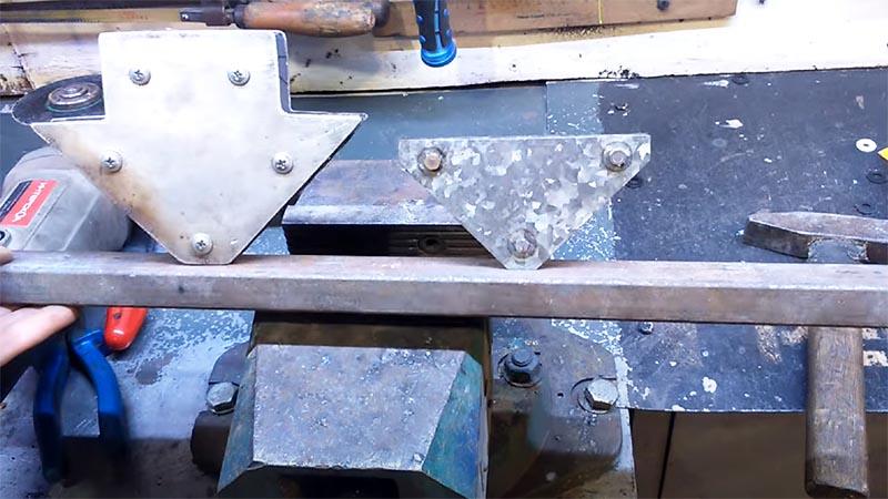 Такие приспособления можно изготовить и другой формы или увеличить их мощность путём добавления магнитов