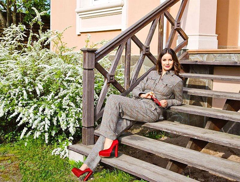 Золотые интерьеры и дворцы Оксаны Фёдоровой - правда или вымысел?