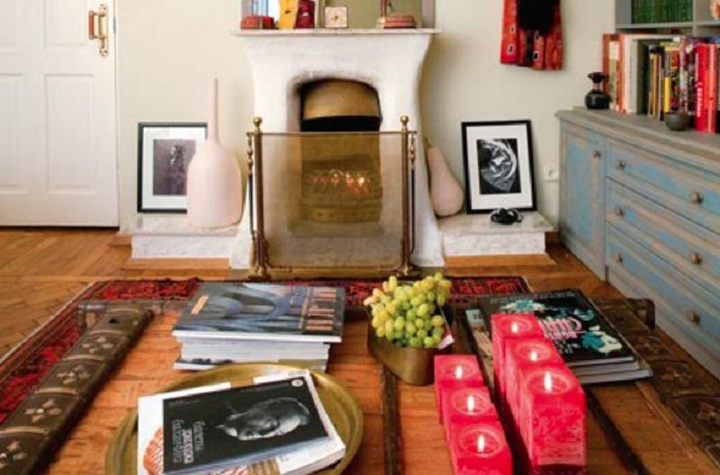В квартире телеведущей много необычных предметов декора, которые она приобретала на барахолках